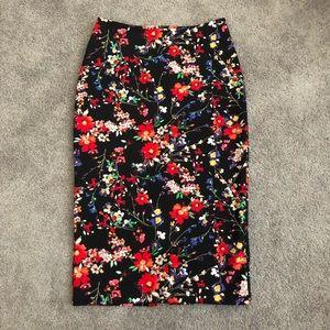 Express Black Floral print pencil skirt Size 2